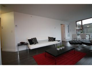 Photo 4: 305 1633 W 8TH Avenue in Vancouver: Fairview VW Condo for sale (Vancouver West)  : MLS®# V1056402