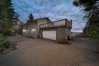 Photo 2: 1040 CRESTLINE Road in West Vancouver: British Properties House for sale : MLS®# R2580318