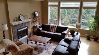 Photo 2: 11768 237A Street in Maple Ridge: Cottonwood MR House for sale : MLS®# R2044375