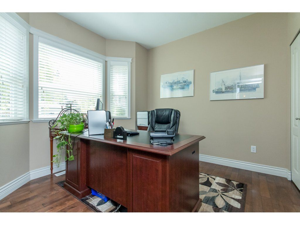 "Photo 26: Photos: 21113 44A Avenue in Langley: Brookswood Langley House for sale in ""CEDAR RIDGE"" : MLS®# R2173937"