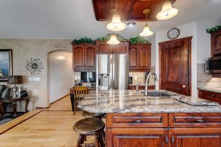 Photo 7: 388 Sienna Park Drive SW in Calgary: Signal Hill Detached for sale : MLS®# A1097255