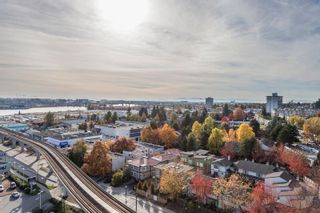 "Photo 17: 1102 489 INTERURBAN Way in Vancouver: Marpole Condo for sale in ""MARINE GATEWAY"" (Vancouver West)  : MLS®# R2007967"
