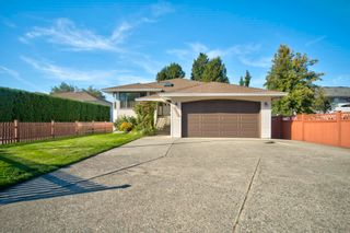 Photo 39: 19383 CUSICK Crescent in Pitt Meadows: Mid Meadows House for sale : MLS®# R2617633
