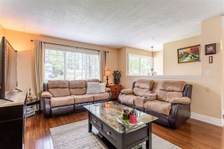 Photo 3: 2021 ELDORADO Place in Abbotsford: Central Abbotsford House for sale : MLS®# R2592209