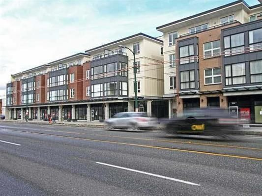 Main Photo: 223 2239 KINGSWAY in : Victoria VE Condo for sale : MLS®# R2021842