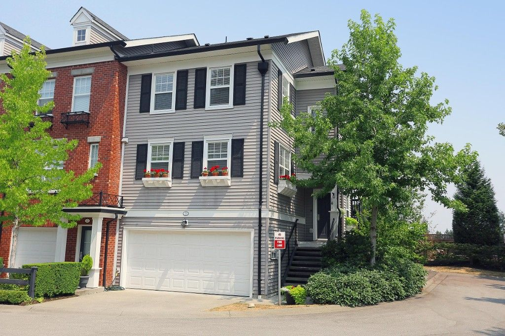 """Main Photo: 21 15075 60TH Avenue in Surrey: Sullivan Station Townhouse for sale in """"NATURES WALK"""" : MLS®# F1446797"""