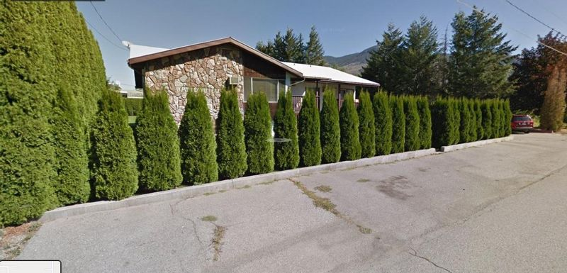 FEATURED LISTING: 716 3RD Avenue Keremeos