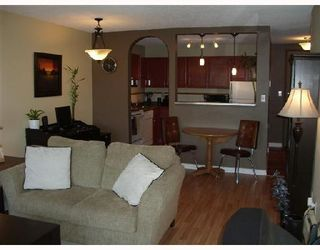 "Photo 3: 304 1775 W 11TH Avenue in Vancouver: Fairview VW Condo for sale in ""THE RAVENWOOD"" (Vancouver West)  : MLS®# V700238"