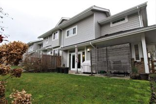 """Photo 14: 24 12161 237 Street in Maple Ridge: East Central Townhouse for sale in """"VILLAGE GREEN"""" : MLS®# R2235626"""