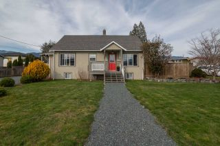 Photo 1: 46347 PORTAGE Avenue in Chilliwack: Chilliwack N Yale-Well House for sale : MLS®# R2551321