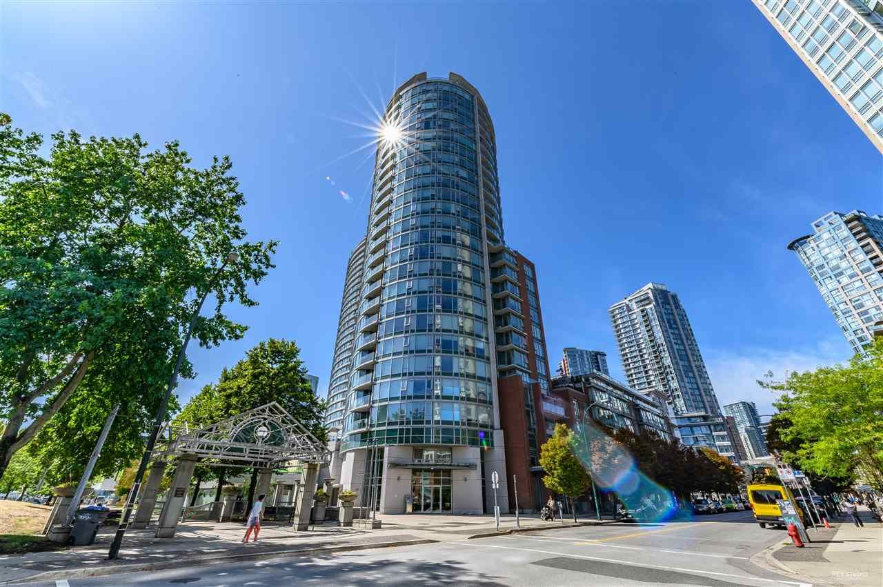 "Main Photo: 2108 58 KEEFER Place in Vancouver: Downtown VW Condo for sale in ""FIRENZE I"" (Vancouver West)  : MLS®# R2469362"