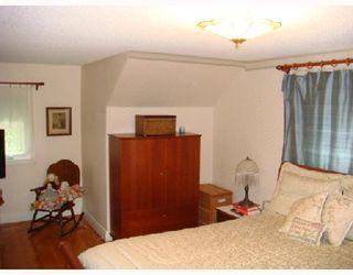 Photo 7: 915 BANNATYNE Avenue in WINNIPEG: Brooklands / Weston Residential for sale (West Winnipeg)  : MLS®# 2816909