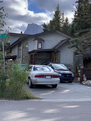 Photo 1: 413 3 Street: Canmore Detached for sale : MLS®# A1148420