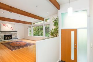 Photo 3: 2425 W 13TH Avenue in Vancouver: Kitsilano House for sale (Vancouver West)  : MLS®# R2584284