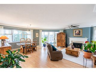 """Photo 6: 215 1442 FOSTER Street: White Rock Condo for sale in """"White Rock Square Tower 3"""" (South Surrey White Rock)  : MLS®# R2538444"""