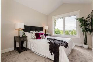 Photo 14: 300 LAURENTIAN Crescent in Coquitlam: Central Coquitlam House for sale : MLS®# R2181812