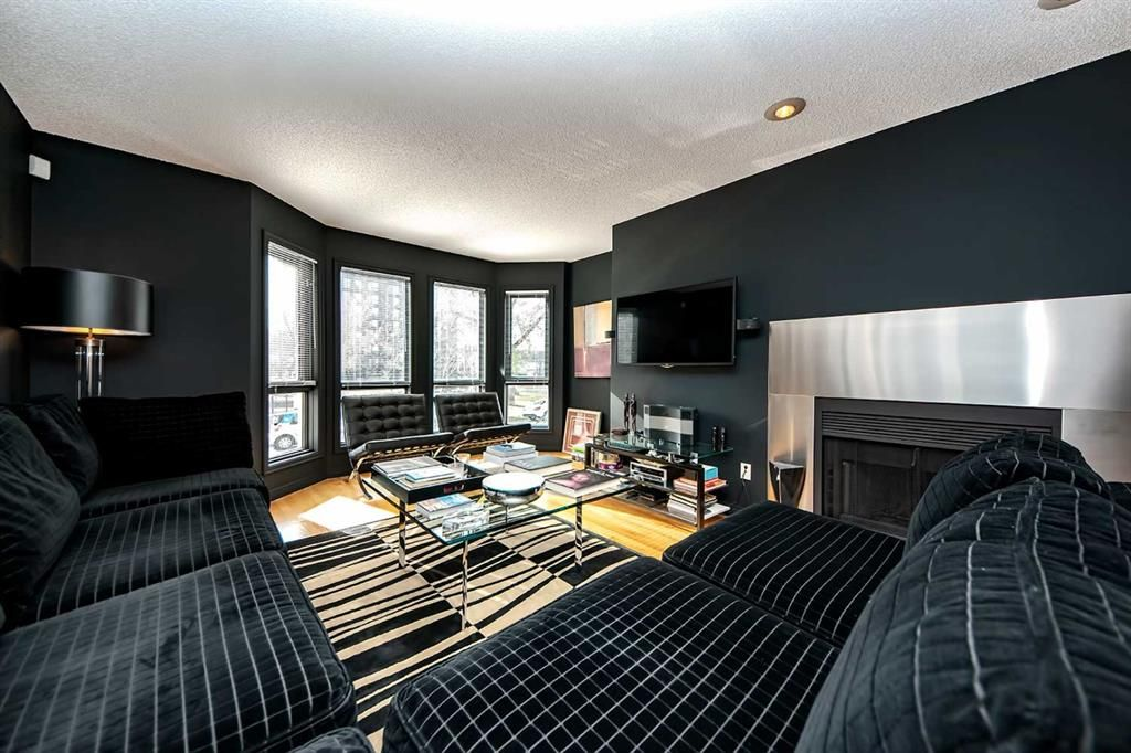 Main Photo: 1132 14 Avenue SW in Calgary: Beltline Row/Townhouse for sale : MLS®# A1133789