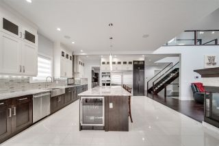 Photo 4: 2806 WHEATON Drive in Edmonton: Zone 56 House for sale : MLS®# E4266465