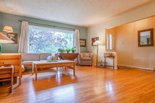 Photo 5: 24 Waterloo Drive SW in Calgary: Wildwood Detached for sale : MLS®# A1145854