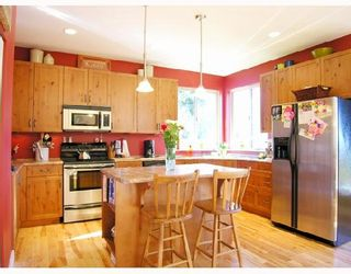 """Photo 5: 1345 CHASTER Road in Gibsons: Gibsons & Area House for sale in """"CHASTER PLACE"""" (Sunshine Coast)  : MLS®# V658536"""