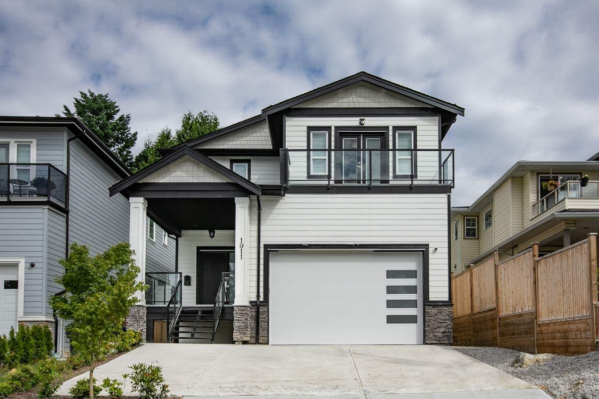 Main Photo: 1911 HARBOUR STREET in : Citadel PQ House for sale : MLS®# R2435430