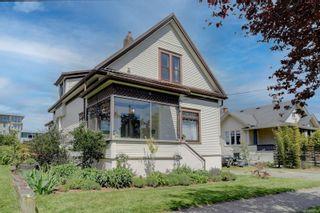 Photo 1: 812 Wollaston St in : Es Old Esquimalt House for sale (Esquimalt)  : MLS®# 875504