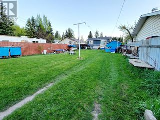 Photo 30: 114 MEADOW Drive in Hinton: House for sale : MLS®# A1111536