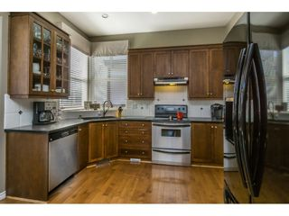 """Photo 9: 14592 58TH Avenue in Surrey: Sullivan Station House for sale in """"Panorama"""" : MLS®# R2101138"""