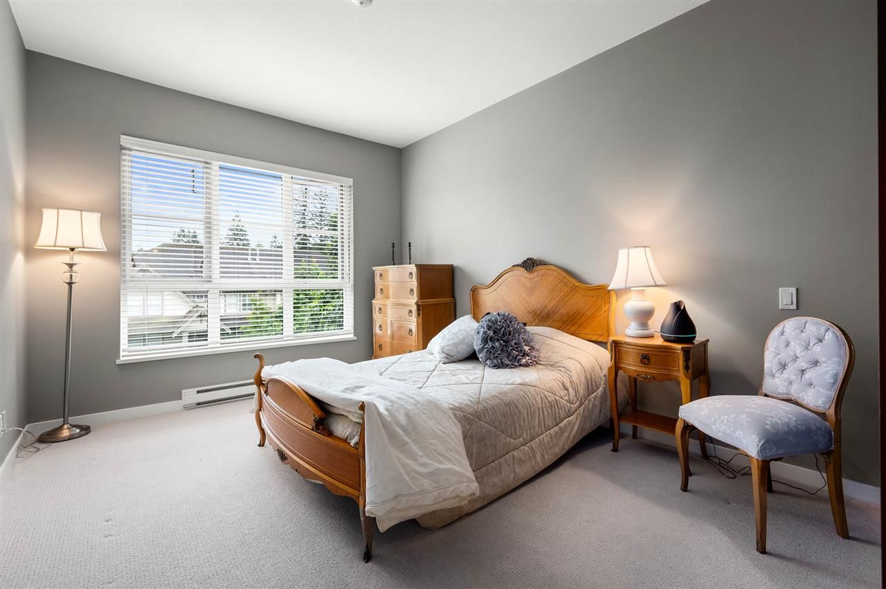 """Photo 13: Photos: 309 23215 BILLY BROWN Road in Langley: Fort Langley Condo for sale in """"WATERFRONT at Bedford Landing"""" : MLS®# R2472976"""