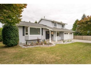 """Photo 2: 15417 19 Avenue in Surrey: King George Corridor House for sale in """"Bakerview"""" (South Surrey White Rock)  : MLS®# R2230397"""