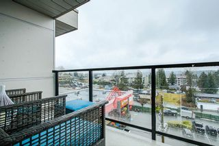 """Photo 17: 503 22318 LOUGHEED Highway in Maple Ridge: West Central Condo for sale in """"223 NORTH"""" : MLS®# R2348237"""