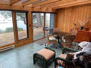 Photo 8: 555 BAYVIEW Drive: Mayne Island House for sale (Islands-Van. & Gulf)  : MLS®# R2620855