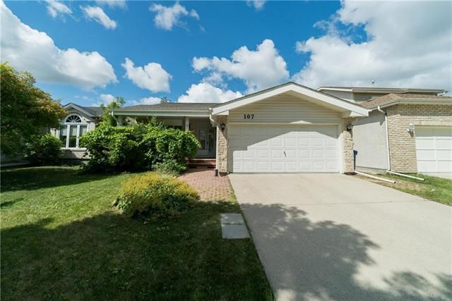 Main Photo: 107 Garwick Cove | Southdale Winnipeg