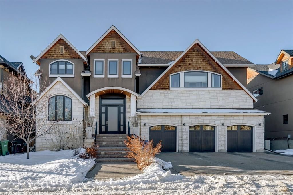 Main Photo: 21 Wexford Gardens SW in Calgary: West Springs Detached for sale : MLS®# A1062073