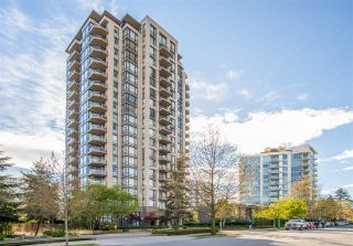 """Photo 3: 403 151 W 2ND Street in North Vancouver: Lower Lonsdale Condo for sale in """"SKY"""" : MLS®# R2389638"""