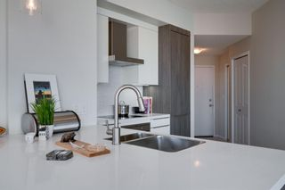 Photo 14: 1702 1053 10 Street SW in Calgary: Beltline Apartment for sale : MLS®# A1153630