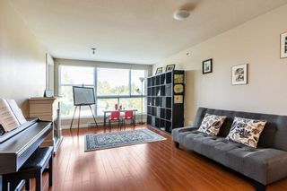 "Photo 3: 324 12085 228 Street in Maple Ridge: East Central Condo for sale in ""THE RIO"" : MLS®# R2263052"