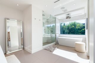 Photo 22: 657 ROSLYN Boulevard in North Vancouver: Dollarton House for sale : MLS®# R2583801