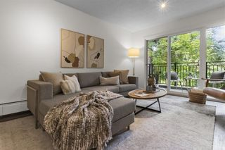 """Photo 11: 203 1484 CHARLES Street in Vancouver: Grandview Woodland Condo for sale in """"LANDMARK ARMS"""" (Vancouver East)  : MLS®# R2613737"""