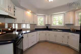 Photo 9: 55 Granville Road in Bedford: 20-Bedford Residential for sale (Halifax-Dartmouth)  : MLS®# 202123532
