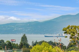 Photo 1: 810 2201 PINE Street in Vancouver: Fairview VW Condo for sale (Vancouver West)  : MLS®# R2611874