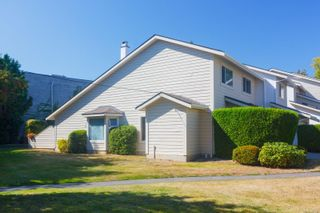 Photo 2: 39 1287 Verdier Ave in : CS Brentwood Bay Row/Townhouse for sale (Central Saanich)  : MLS®# 857546