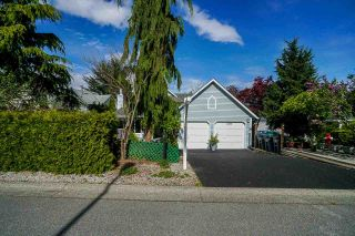 Photo 5: 6254 134A Street in Surrey: Panorama Ridge House for sale : MLS®# R2575485