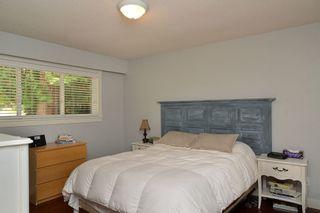 Photo 10: 8081 DOGWOOD DRIVE in Sunshine Coast: Home for sale : MLS®# R2195861
