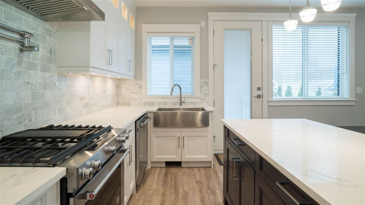 Photo 12: Photos: 2926 160 Street in Surrey: Grandview Surrey House for sale (South Surrey White Rock)  : MLS®# R2232839