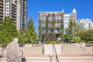 """Photo 20: 512 135 W 2ND Street in North Vancouver: Lower Lonsdale Condo for sale in """"CAPSTONE"""" : MLS®# R2212509"""