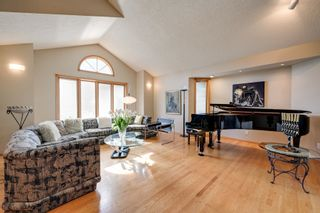Photo 3: 256 BURTON Road in Edmonton: Zone 14 House for sale : MLS®# E4262280