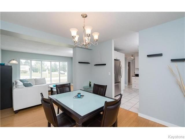 Photo 7: Photos: 120 Brookhaven Bay in Winnipeg: Southdale Residential for sale (2H)  : MLS®# 1622301