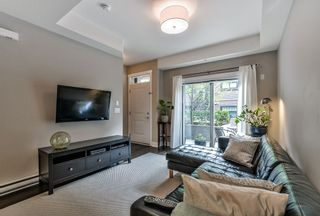 """Photo 4: 114 828 ROYAL Avenue in New Westminster: Downtown NW Townhouse for sale in """"BRICKSTONE WALK"""" : MLS®# R2161286"""