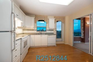 "Photo 15: 812 12148 224 Street in Maple Ridge: East Central Condo for sale in ""Panorama"" : MLS®# R2512844"